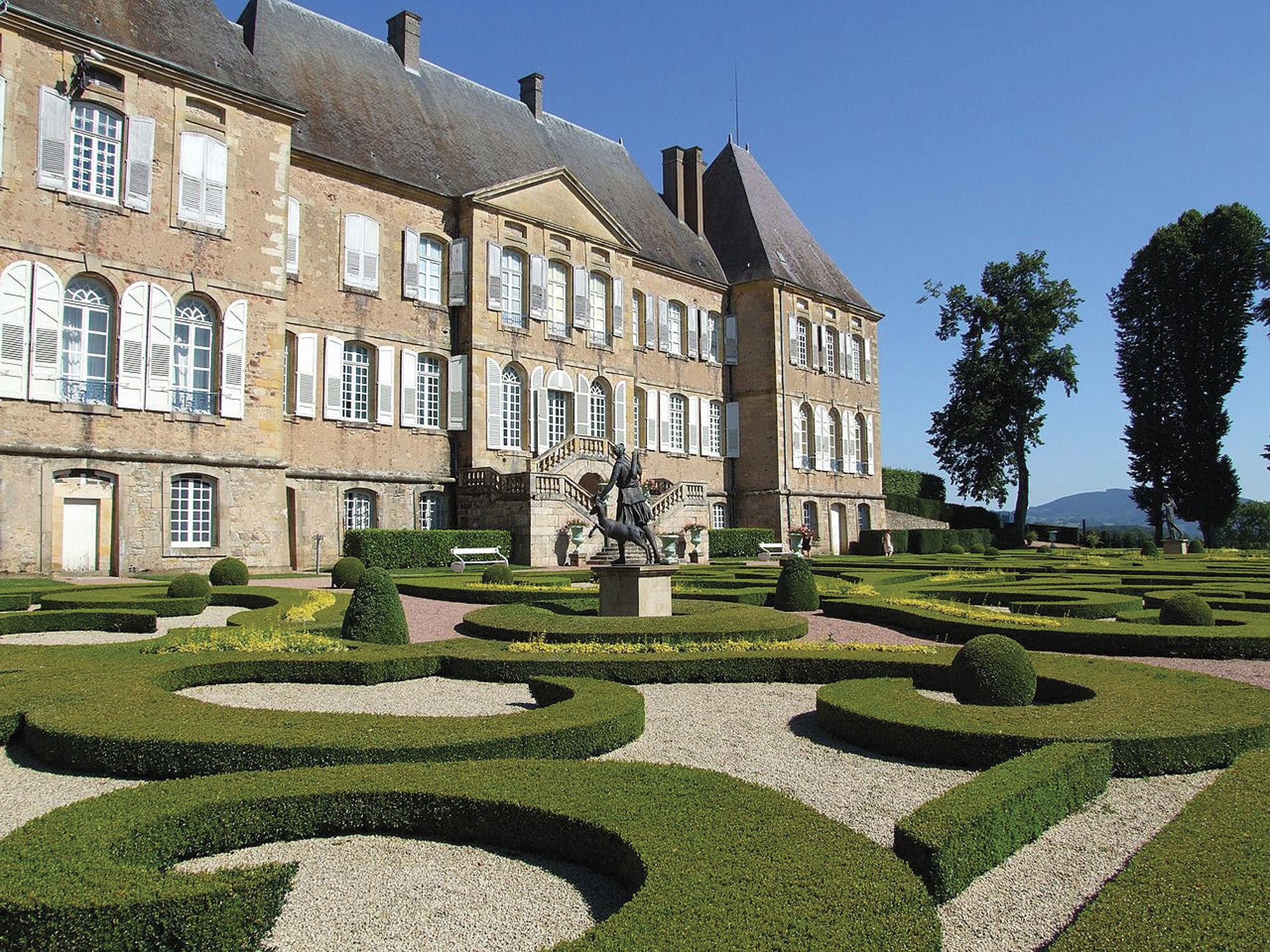 Les Chateaux De Bourgogne Et De Franche Comt 233 233 Dition 2017